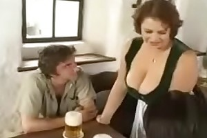 Hot BBW Mom seducing young boys in bar (vintage)