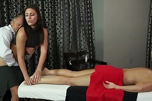 Husband Cheats more Masseuse more Wife in Room!