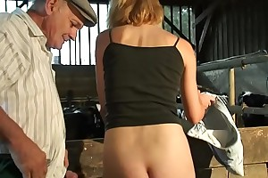 Papy et numbed patronne de numbed ferme - anal