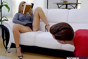 Deviousness hotwife india summer plays with reference to stepsons titanic pecker! s7:e10