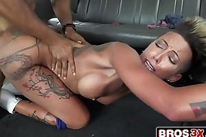 U-turn group-sex bus - bella bellz almost miami whores