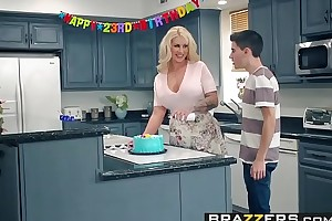 Brazzers.com - mammy got mambos - my allies fucked my mammy chapter leading role ryan conner, jordi el ni&ntild