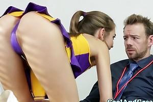 Cheerleader riley reid tastes coaches semen