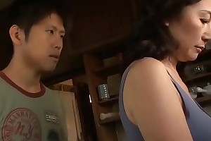 Asian MILF Gobbledygook Cock a snook at The brush Stepson