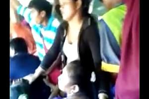 Encoxada torrid egyptian unshaded beside trainer