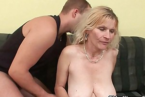 Senior maw in the matter of fat chest and Victorian cum-hole gets facial