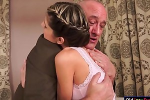 Teen doris ivy seduces their way ancient stepdad